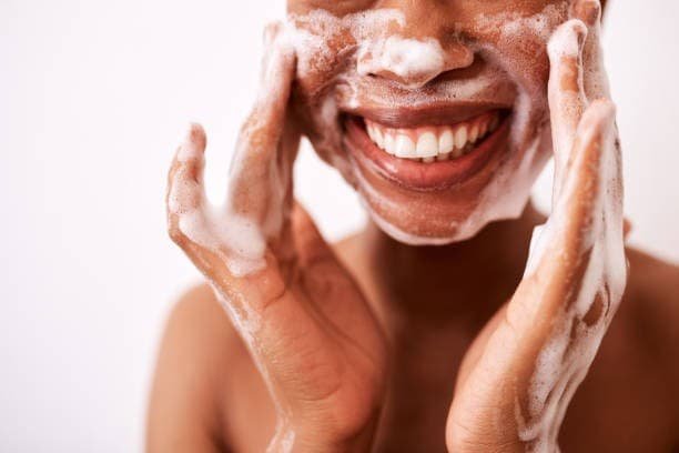 Best Facial Cleanser for African American Skin featured photo